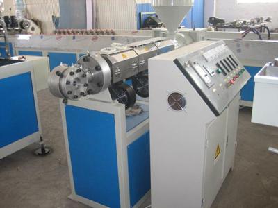 你知道塑胶软管生产设备在工业中的用途有哪些?