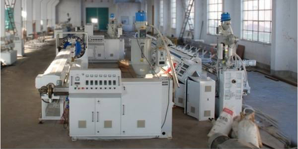 PVC塑料软管生产线